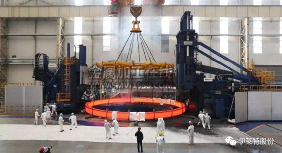 直径15.8米单体150吨奥氏体不锈钢锻环在伊莱特成功轧制!